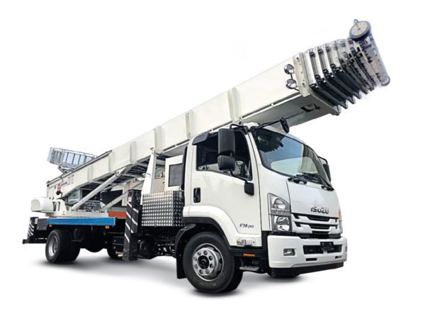 PE 700 – HORYONG – Truck LIFTS (great heights)